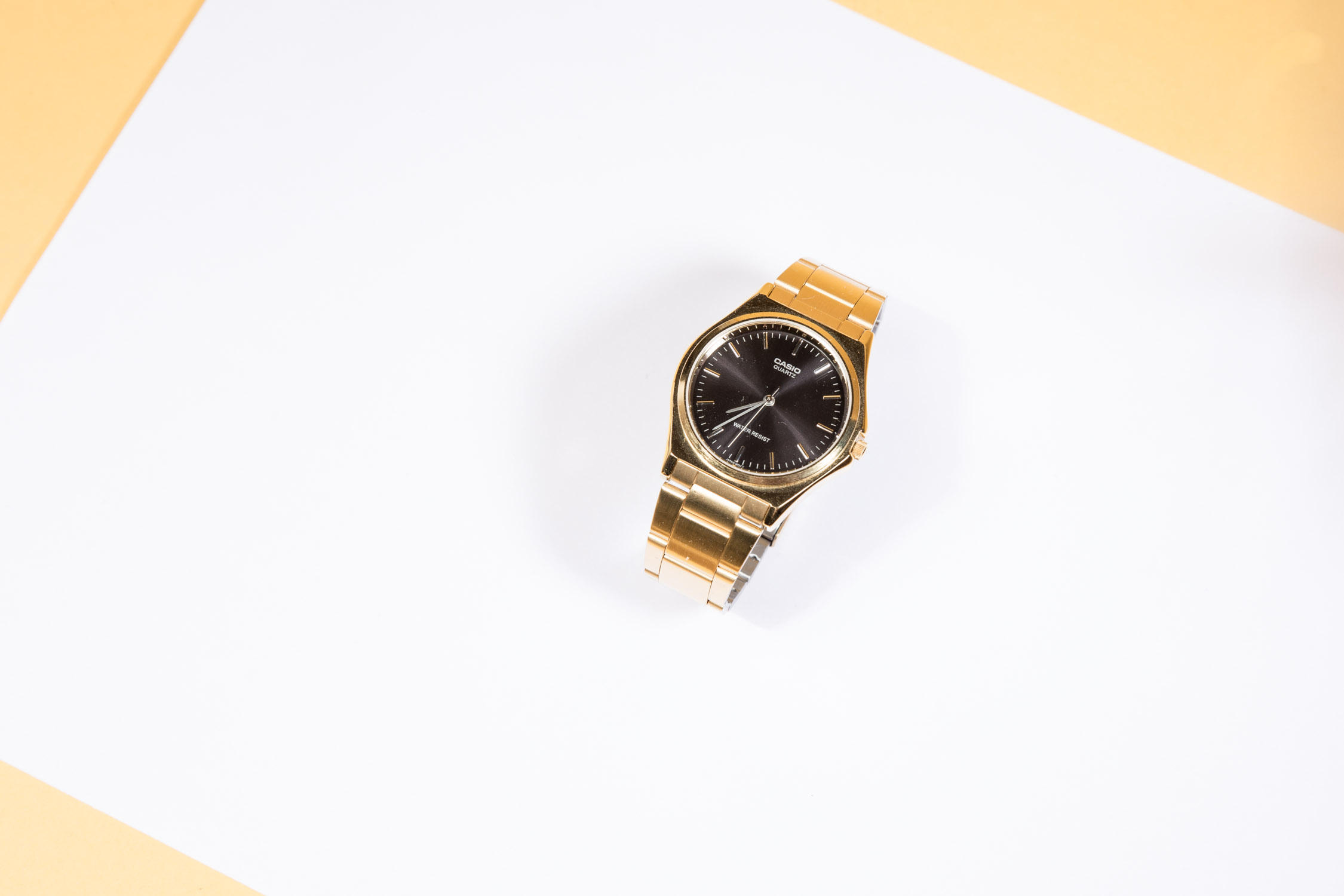 montre casio vintage doré