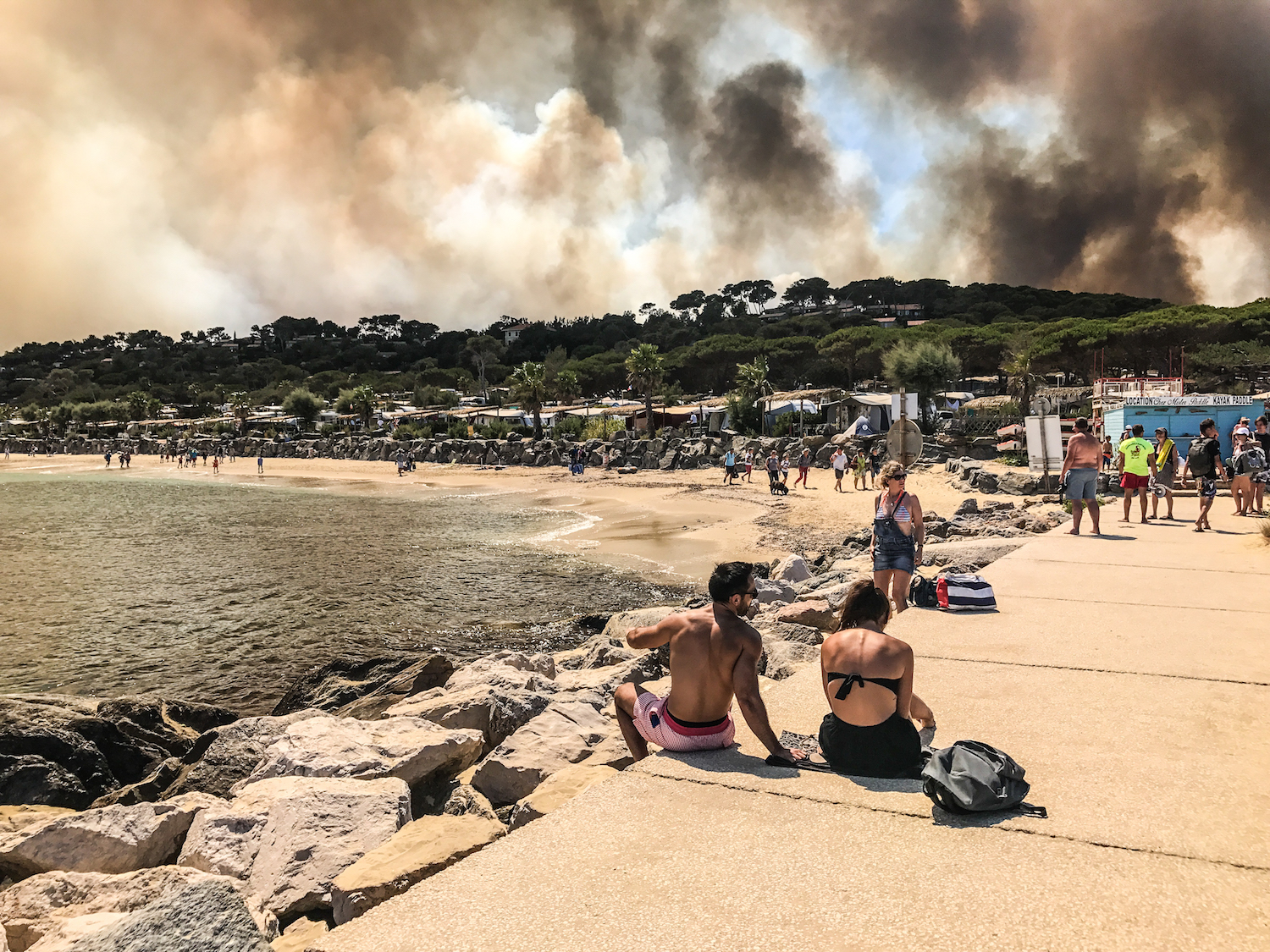 bormes les mimosas incendies