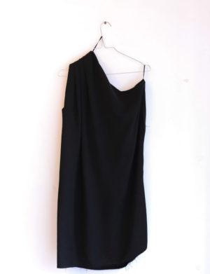 ACNE robe noir asymétrique T40 - 50€